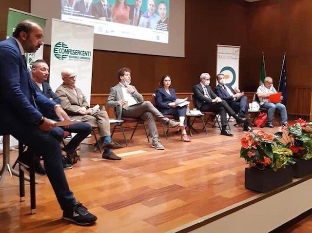 Rilancio imprenditoria e aiuti a imprese: a Varese candidati sindaci a confronto con Confesercenti